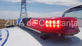 Accident rutier pe DN 7. Două autoturisme implicate. O persoană rănită. Traficul este restricționat