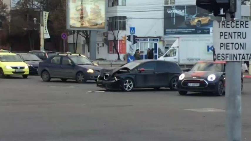 accident rutier in zona city mall din constanta un autoturism avariat 678483