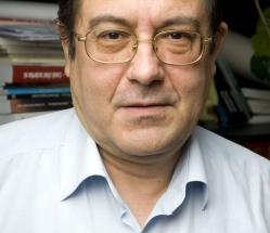 """#citeșteDobrogea Prozatorul dobrogean Cristian Teodorescu, la ceas aniversar. """"Medgidia, oraşul de apoi\"""