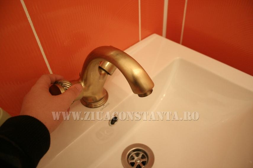 Abonații din zonele Abator și Km 4-5 din municipiul Constanța au rămas fără apă caldă și apă rece