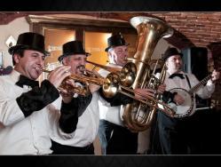 Florian Lungu, jazz și umor de calitate, la clubul Doors din Constanța
