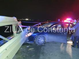 Constanța Accident rutier cu victimă pe DN 39, în sensul giratoriu cu Autostrada A4. O mașină a intrat violent în parapet (galerie foto+video)