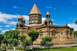 """#citeșteDobrogea - """"Armeni de seamă din România"""", de Simion Tavitian: Istoricul milenarei Biserici Apostolice Ortodoxe Armene"""