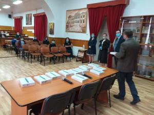 #DobrogeaAcademică: Academia Română a donat 50 de tablete unor elevi merituoși din zonele rurale vasluiene