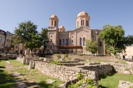 #CitesteDobrogea: 3 august 1941. Bombardament al aviației sovietice asupra Constanței. Catedrala și Peninsula au fost distruse
