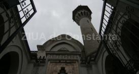 """#DobrogeaDigitală """"Mărturii de epocă privind istoria Dobrogei (1878-1947)"""": Întemeierea Marii Moschei din Constanța, """"cimentînd puternica frăţie şi dragoste dintre romînii şi musulmanii din Dobrogea"""""""