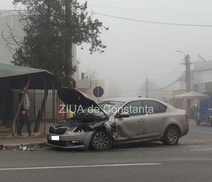 accident rutier in agigea doua masini s au ciocnit violent 740627