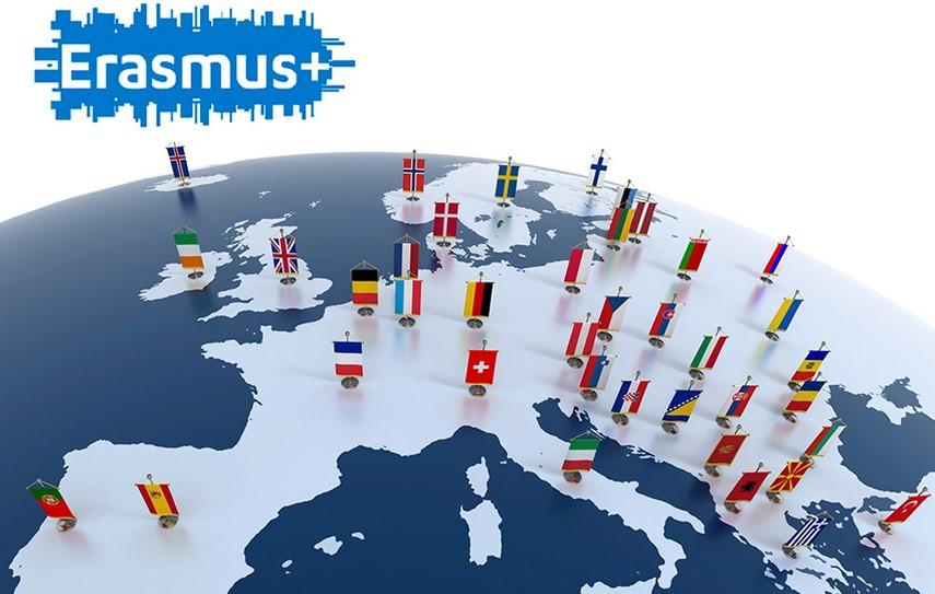 Un pas esential spre proiecte de mobilitate internationala: 13 unitati de invatamant constantene au fost acreditate ERASMUS