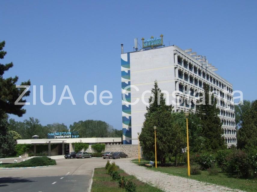 tranzactie de milioane de euro cu cat vinde grand plaza hotel complexul neptun si terenul tenis delta